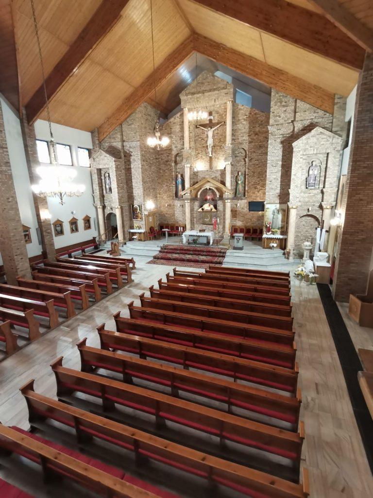 07)Kościół wew. (3)