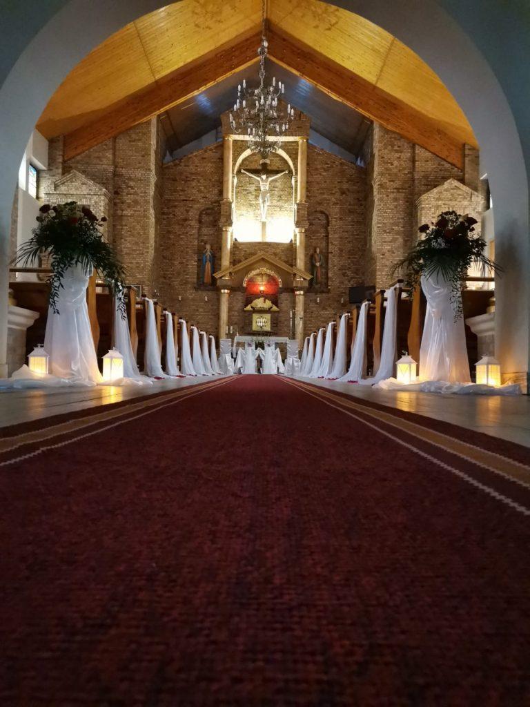 24)Dekoracja ślubna w kościele (4)