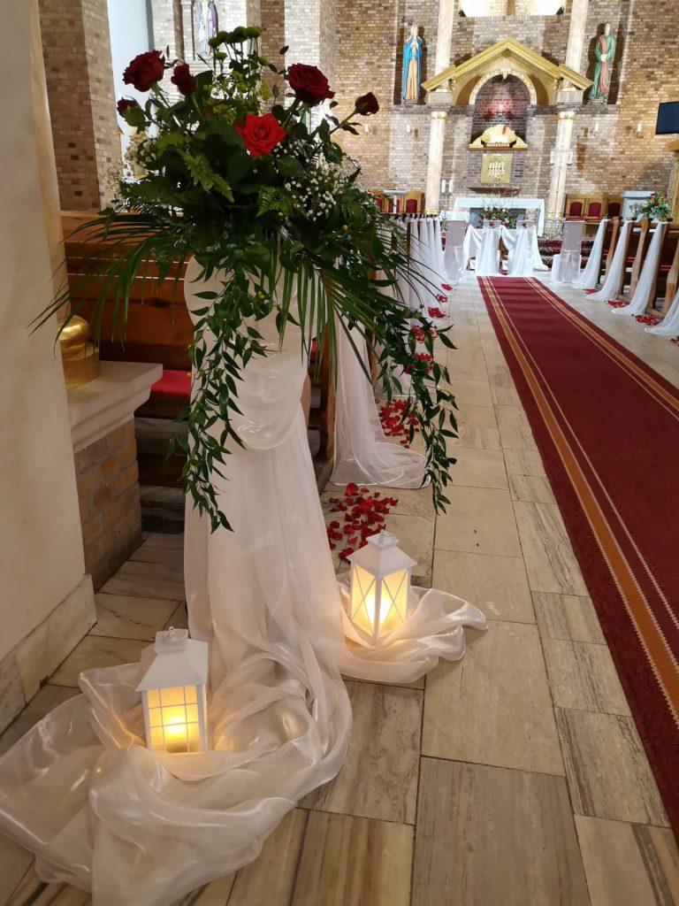 29)Dekoracja ślubna w kościele (11)